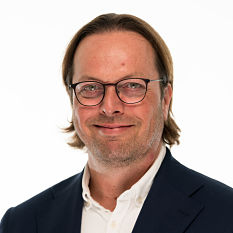 headshot of Lim Vemeer, CEO of COst Plus